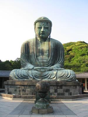 Kamakura_budda_daibutsu_front_188_2