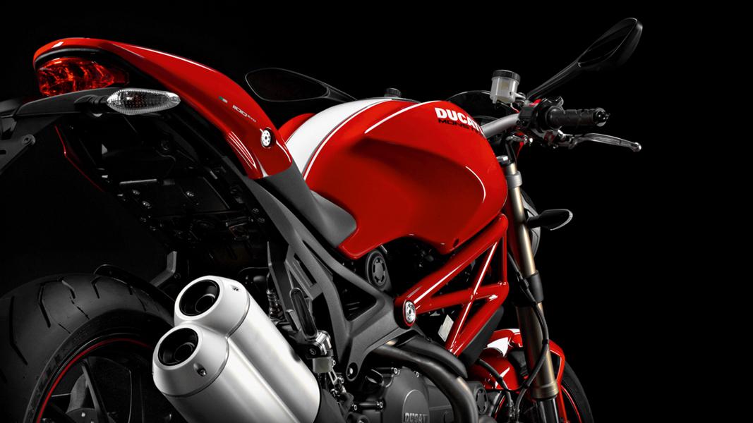 M1100evo_2011_r_1067x600